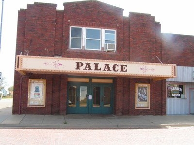 Historic Palace Theater on Register of Historic Places still in operation.