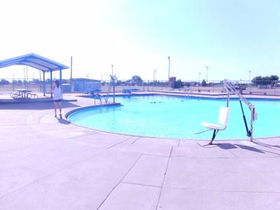 Swimming Pool With New Lift Kinsleyks